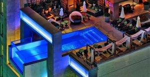 Бассейн в Hotel Joule, США