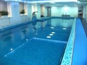 Скиммерный бассейн в фитнес-клубе